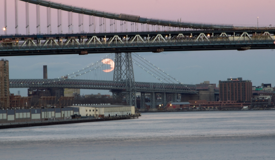 Moonrise over the Williamsburg Bridge